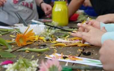Petali e foglie per colorare